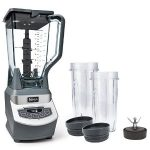 Ninja Professional Countertop Blender with 1100-Watt Base BL660