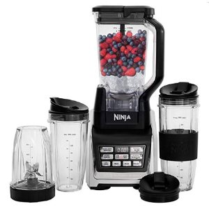Nutri Ninja Personal and Countertop Blender with 1200-Watt Auto-iQ Base BL642